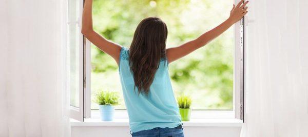 Comment faire disparaitre la moisissure de chez vous for Aeration dans fenetre