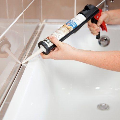 Comment refaire ses joints de baignoire comme un pro - Refaire joint baignoire ...